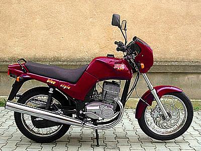 Мотоцикл Jawa 350 Premier.